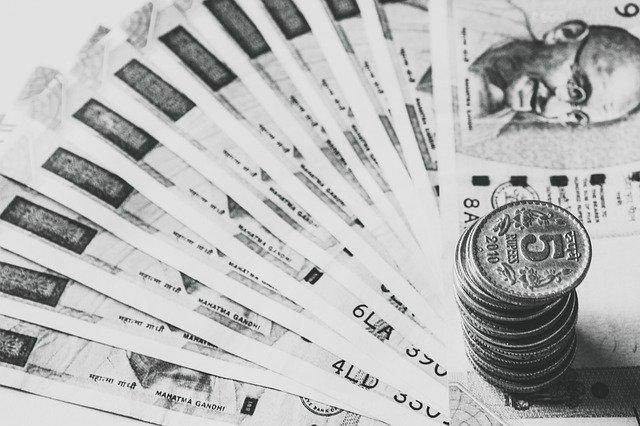 indické peníze, bankovky, mince